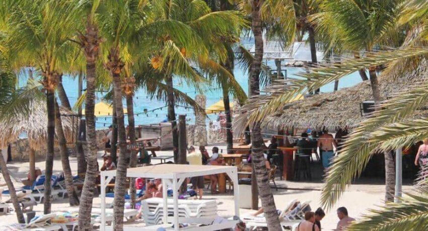 Wet-and-wild-Curacao.jpg